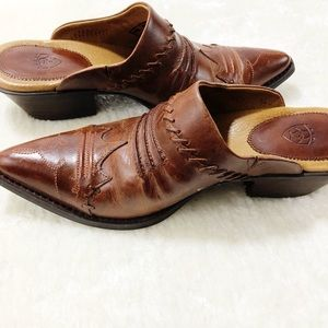 Ariat Women's Brown Pointed Toe Western Clogs